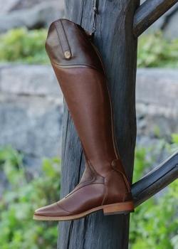 Mountain Horse Sovereign High Rider